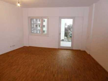 charmante und geräumige zwei Zimmer Wohnung mit Einbauküche und hohen Ausstattungsstandard