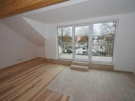 Exklusive 3-Zimmer-Dachgeschosswohnung mit Balkon und EBK in Aachen