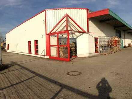 Mehrzweck Industriehalle 600 qm optional 340 qm überdachte Freifläche in Untermeitingen zu vermieten