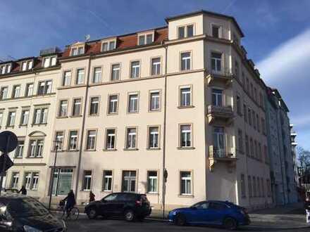 helle 5- Zimmer- Wohnung in Dresden Johannstadt- Süd