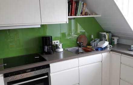 Modernisierte 3-Zimmer-Maisonette-Wohnung mit Balkon und EBK in Kümmerbruck