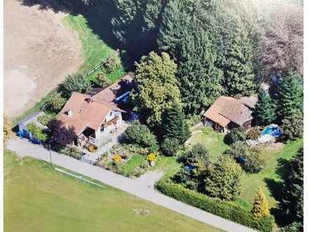 Idyllisch gelegenes Anwesen am Stadtrand von Bad Griesbach mit renovierungsbedürftigen Wohnhaus
