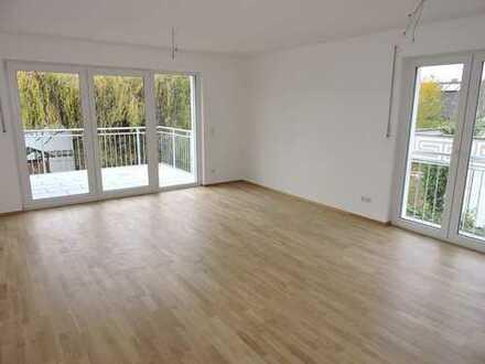 Attraktive 3 ZKB-Wohnung im I. Obergeschoss mit goßzügigem Balkon