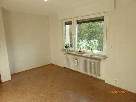 Schöne vier Zimmer Wohnung in Karlsruhe (Kreis), Rheinstetten