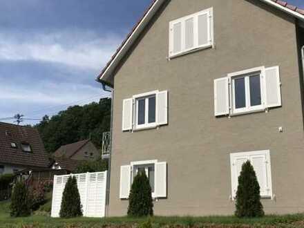 Schöne 2-Zimmer-Dachgeschosswohnung in Ravensburg Ost, Stadtrandlage