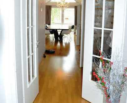 Exklusive ruhige 3,5 Zi DG Galerie-Wohnung