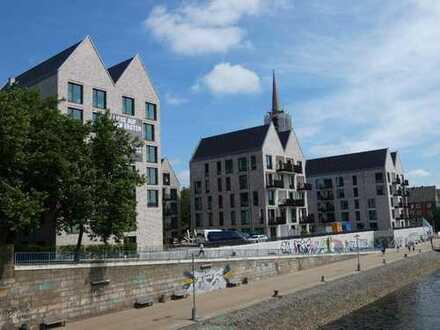 Neubau: Helle Vier-Zimmer-Penthouse-Wohnung mit Dachterrasse und Weserblick im Stephanitor
