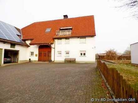 *VIEL FREIRAUM FÜR IHRE IDEEN! Grosszügige Eigentumswohnung auf 2 Ebenen - Warstein/Niederbergheim!*