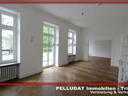 Trier-Stadt: 4 ZKB Altbauwohnung in direkter Innenstadtlage mit 2 Balkonen