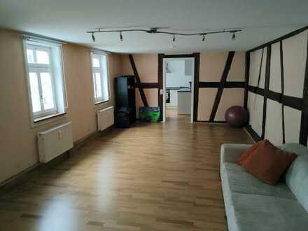 Toll-sanierte 4-Zimmer-Eigentumswohung in gefragter Lage von Aidlingen