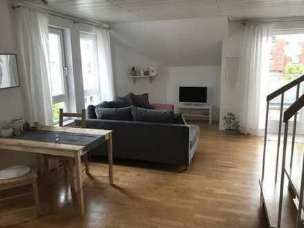 Schöne 2-Zimmer-Maisonette-Wohnung mit 2 Balkonen
