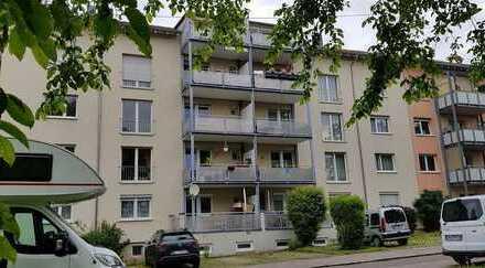 großzügige 4 Zimmerwohnung mit  Balkon - vermietet
