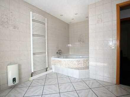 Frisch renovierte Maisonettewohnung mit ca.100 m² Wohnfläche und 4 Zimmern