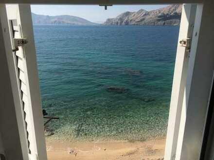 Möbliertes Appartement direkt am Meer, Insel Krk