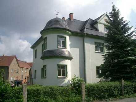 2 Zimmerwohnung im Erdgeschoss in einem 3-Parteienhaus