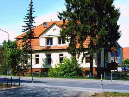 2-Raumwohnung in sanierter Stadtvilla