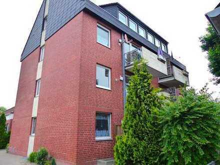 Renovierte Erdgeschosswohnung mit Terrasse