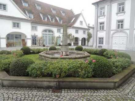 Schloss Kirchberg - aussergewöhnliche 2 Zimmerwohnung in Bestlage