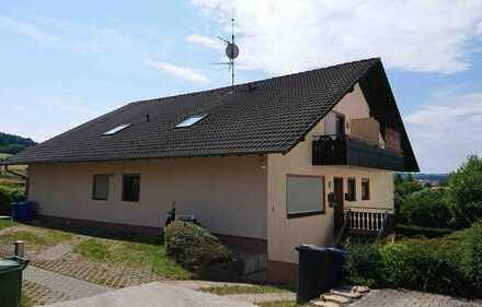 Michelstadt im Odenwald: herrliche Aussicht von dieser 1,5-Zimmer DG-Wohnung mit Balkon