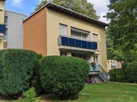 Renovierte Wohnung in attraktiver Lage mit Balkon