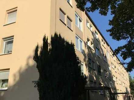 Helle 3-Zimmerwohnung in Kirchheim mit Balkon - leerstehend!