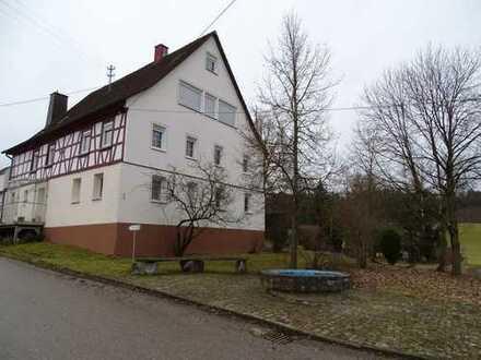 Schöne, geräumige drei Zimmer-Wohnung in Vellberg-Merkelbach, Lkr. SHA