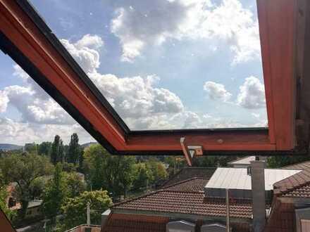 Schöne 2,5 DG-Zimmer-Wohnung, 66 qm, in Jugendstilhaus, nahe Löwenbrücke zu vermieten.