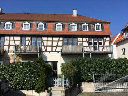 Exclusive Maisonettewohnung im ehemaligen Adelshof / Stadtmitte Groß-Umstadt