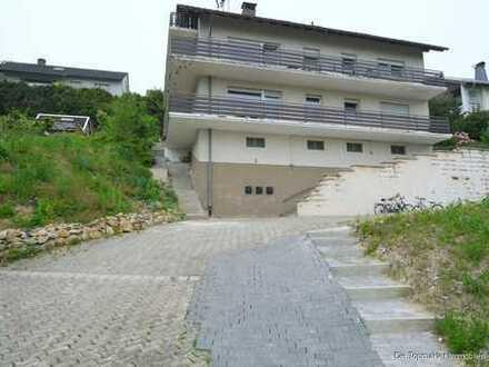 Helles Dreifamilienhaus - Modernisiert!