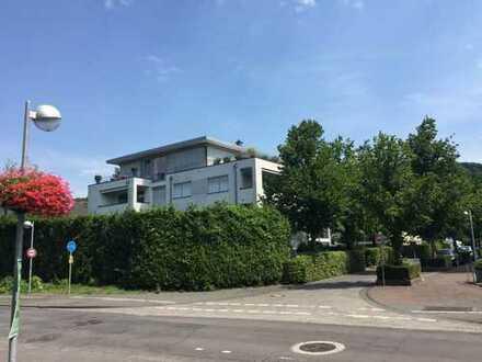 Helle zentrale 3 Zi.-Wohnung mit Blick auf Drachenfels