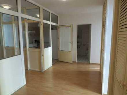 14 qm Zimmer, möbliert in Moabit 01-072-01