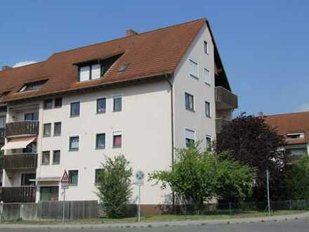 Großzügige 3-Zimmer Wohnung mit Balkon in Roth (Kreis), Roth