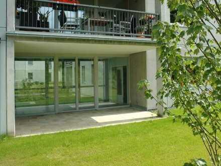 Großzügige Erdgeschoßwohnung mit Wintergarten und Terrasse zum Garten