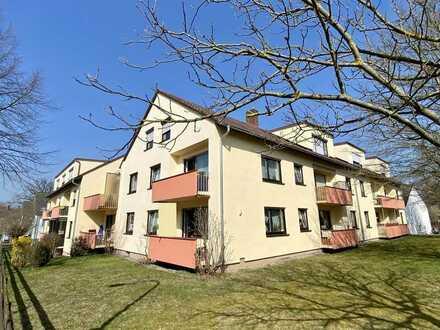 SOFORT möbliert verfügbar - elegante Eigentumswohnung mit Balkon, Stellplatz und Garage