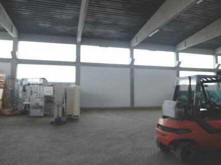 24_VH3458a Halle mit optionalem Büro und 1500 m² Freifläche / Bernhardswald