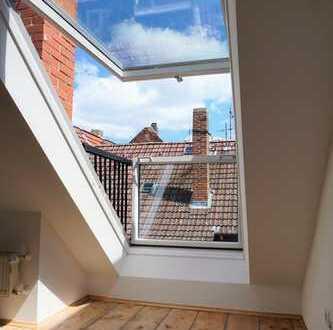 Vollsanierte Dachgeschosswohnung in Stilaltbau im Martinsviertel zum Erstbezug