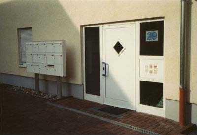 Freundliche 2-Zimmerwohnung, vermietet, in ruhiger und verkehrsgünstiger Lage inkl. EBK