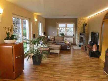 Helles, neuwertiges Einfamilienhaus mit herrlichem Ausblick in ruhiger Wohngegend von Wildberg