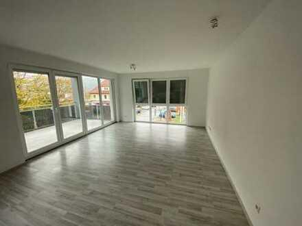 TUT,Neubau,2 Zi Whg,60qm,gr.Balkon,Küche,Bad,Waschraum,Keller,Parkpl
