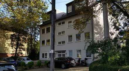 Schönes Apartment mit Stellplatz am Witthausbusch