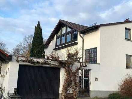 WILLKOMMEN! Großzügige Doppelhaushälfte in gefragter Wohnlage von Offenbach!