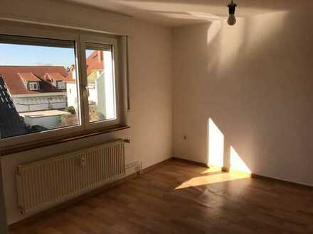 430 €, 40 m², 2 Zimmer