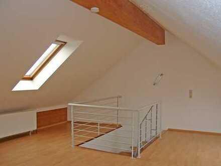 POCHERT HAUSVERWALTUNG - Große helle Maisonette-Wohnung mit Balkon