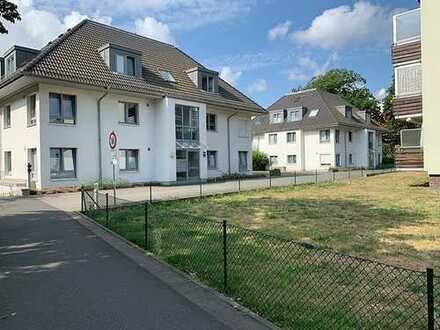 Sehr Schöne, helle und moderne drei Zimmer Wohnung in Hannover (Kreis), Laatzen