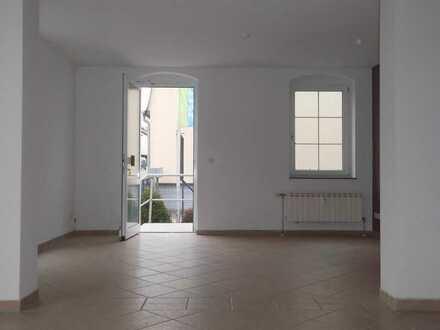 ***Hier stimmt der Preis! Gewerberäume in Oberplanitz ab sofort zu vermieten***