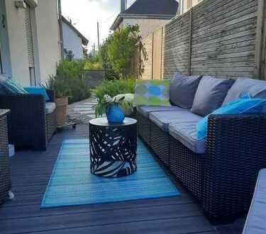 Exklusives freistehendes Einfamilienhaus mit Garten und Garage