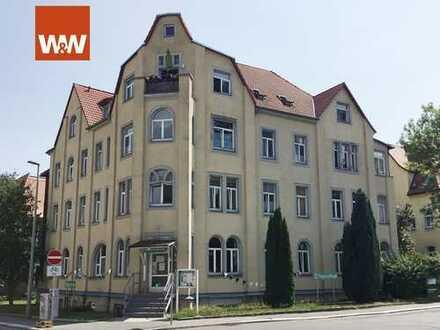 Renditeobjekt Altenrsgerechte 2-Raum Wohnung in Freiberg mit Wintergarten, Balkon, Aufzug, 59 m2