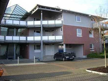Großzügige 2- Zi.-Wohnung mit Garten direkt am Stadtrand Hannovers in harmonischer Nachbarschaft