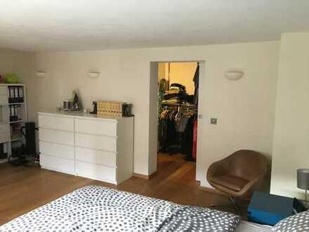 Sehr gepflegte 2-Zimmer-Wohnung mit Terrasse und Einbauküche in Mosbach