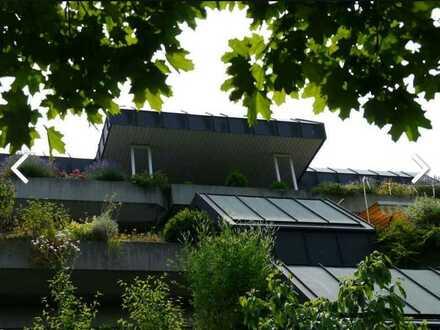 helle, freundliche Penthouse-Wohnung mit 3 Balkon als Kapitalanlage